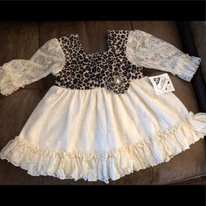 NWT Cuddle Couture Sz 9M lace top